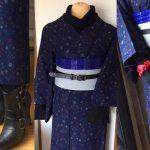 紺系のウールの着物のリメイクコーデ。普段着にかっこよさを!